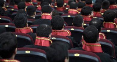 Hakim ve savcılık için '70 puan barajı' yeniden geliyor